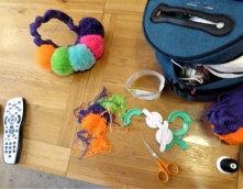 All the essentials for working on pompom crown. Choice of viewing: Tin Star. Love the pompom fluff.