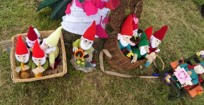 The rest of the gnomes getting in on the party. The pattern for these cuties was created by Alan Dart. I think they're brilliant.
