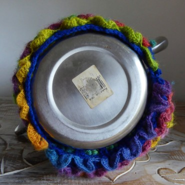 Showing the bottom of the pot. I sewed the tubular dragon stitch closed at the bottom.