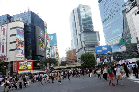 And here's the iconic Shibuya crossing by day.
